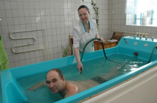 Подводный массаж